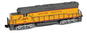 AZL Z Scale UP Union Pacific GP38-2 Road Number 2001