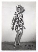 PHOTO MANNEQUIN FEMME NOVITA SIÉGEL Surréalisme Surréaliste Corps Fleur 1960