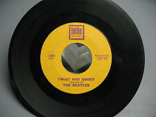 THE  BEATLES  45  RPM  SINGLE TOLLIE  9001  TWIST AND SHOUT GOOD COND.