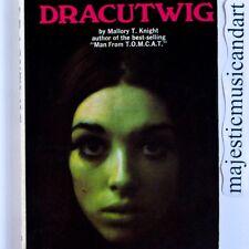 FIRST EDITION DRACUTWIG BOOK 1969 DRACULA TWIGGY SWINGING LONDON MOD EX RARE