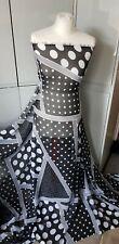 Designers Guild Fabric Hiranya Noir por Metro de 59 pulgadas FDG2192//04