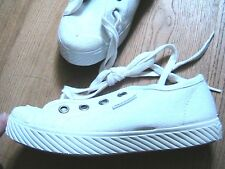 PALLADIUM 1950s CHILDREN LOW TOP SNEAKERS~ WHITE CANVAS ~MADE IN FRANCE ~NEW~ 13