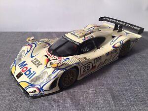 Porsche 911 GT1 1998 LeMans Alzen/Müller/Wolleck von Maisto in 1:18