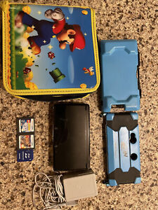 Nintendo 3DS bundle: console, charger, case, manual and games