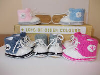 High tops / Hi top trainers shoes baby booties - Hand knitted - optional box