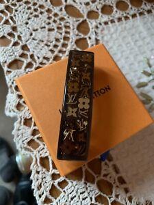 Louis Vuitton hair Clip