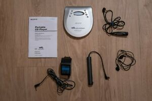 Sony CD Walkman D-EJ725 Discman high end + LCD Remote RM-CD15L G-PROTECTION E777