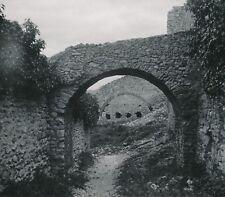 VAISON LA ROMAINE c. 1900-20 - Entrée du Château Voûtes Vaucluse - NV 1414