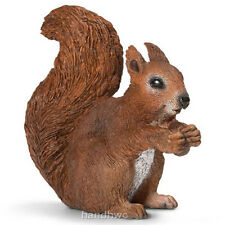 Schleich 14684 Squirrel Eating Toy Wild Forest Animal Figurine - NIP