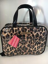 VICTORIAS SECRET SMALL HANGING  LEOPARD PRINT COSMETIC MAKEUP BAG HOLIDAY TRAVEL