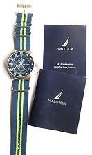 Nuevo Y En Caja Nautica NST17 Reloj para hombres A14666G Azul/Verde Correa De Tela No 3204