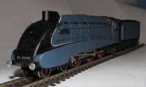 BACHMANN 31-952 A4 CLASS 4-6-2 LOCOMOTIVE 4903 'PEREGRINE' LNER BLUE