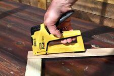 Stanley Sta070411 Fatmax 4 en 1 trabajos ligeros Grapadora/clavador