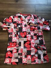 Women's Scrub Top Small S Red Hearts
