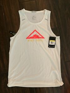 Nike Breathe Men's Trail Running Tank Top Shirt Reflective CT7370 133 Small  $45