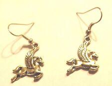 Boucles d'oreilles argentées  pégase ( cheval ailé )