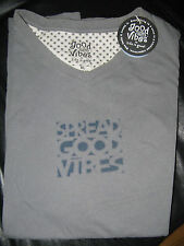 Life is Good Vibes Spread Good Vibes men's S/S Vee tee shirt  L gray