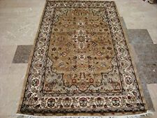 Exclusive Ivory Medallion Flowers Lovely Area Rug Hand Knotted Wool Silk Carpet