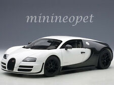 AUTOart 70933 BUGATTI VEYRON SUPER SPORT PUR BLANC 1/18 MODEL CAR BLACK / WHITE