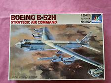 Maquette Italeri 1/200 AVION BOEING B-52H STATEGIC AIR COMMAND