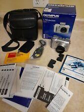 Olympus CAMEDIA C-750 10x Optical Zoom 4.0MP Digital Camera - Silver