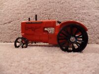 RARE!! Custom 1/16 Scale Diecast  Allis-Chalmers Tractor With Steel Wheels