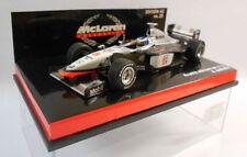 Véhicules miniatures sous boîte fermée en acier embouti pour Mercedes