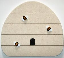 HANDMADE BEEHIVE BULLETIN MEMO MEMORY BOARD HAND PAINTED HONEY BEE PUSH PINS
