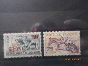 REUNION. 2 Timbres de 1953, JO 1952. Oblitérés.