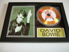 DAVID BOWIE   SIGNED  GOLD CD  DISC  123