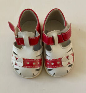 Infant Toddler Red White Size 4 ? Sandals Heart Shoe Length 5 Inches Never Worn