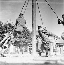 LIMOURS c. 1950 - École Garçons Jeux de Balançoire  - Négatif 6 x 6 - N6 IDF10