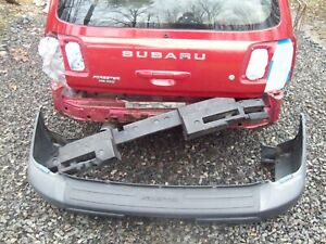 01 SUBARU FORESTER L  OEM Rear/Back Bumper cover, foam,mud flaps  PICKUP ONLY NJ