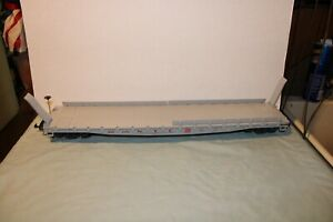 LGB G SCALE NEW YORK CENTRAL FLAT CAR MISSING ONE SECTION OF RAILNG