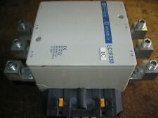 Telemecanique 370 amp LC1F330 Motor Contactor 120/127V 40~400Hz Coil With Lugs