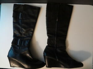 DKNYC Leather Boots Mid Calf Buckle Wedge Zip Gunmetal Black Pull On Size 10