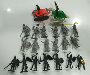 21 Medieval Knights + 2 Horses 80s made in China Ver.1:32 figures