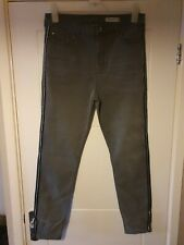 Ladies Jeans Size 16 Bnwot *The Carrie*