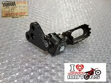 YAMAHA XT250 XT350 NEW GENUINE FRONT FOOTREST ASSY LEFT 30X-27410-00-90