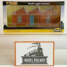 GRAHAM FARISH SCENECRAFT N GAUGE - 42-021 - NORTH LIGHT FACTORY BUILDING - BOXED