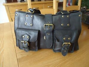 Black Leather Handbag-2 front pockets, nice used condition*