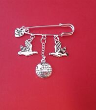 PEACE ON EARTH KILT SAFETY PIN BROOCH DOVES GLOBE