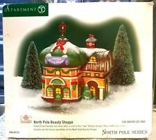 DEPARTMENT 56 NORTH POLE SERIES NORTH POLE BEAUTY SHOPPE NEW IN BOX HOLIDAY TIME