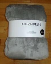 Calvin Klein Blanket Full Queen Soft Plush Fleece Light Gray Nwt