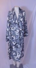 Ellen Tracy long robe s/m white with Black paisley-no belt w/flaws