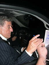 TONY BENNETT SIGNED IN PERSON RECORD ALBUM W/ PROOF