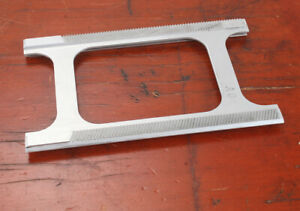 GRAFLEX BED RAIL FOR A 4X5 GRAPHIC OF SOME SORT/177263