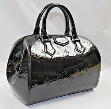 Louis Vuitton Montana Black Vernis Leather Handbag M90060