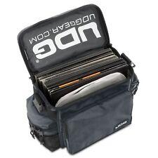 UDG Ultimate Sac en bandoulière Black sac matelassé pour 50 Vinyles ou Midi