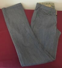 NWT Women's Stonewash Denim Stitches 5 Pocket Straight Leg Jeans 28